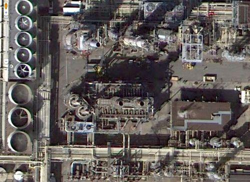 Refinery01